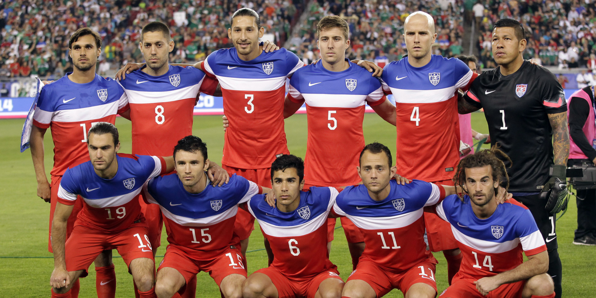 The U.S. team poses before an international friendly soccer match against Mexico Wednesday, April 2, 2014, in Glendale, Ariz. The game ended in a 2-2 draw. (AP Photo/Rock Scuteri)